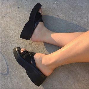Vintage STEVE MADDEN funky platform sandals